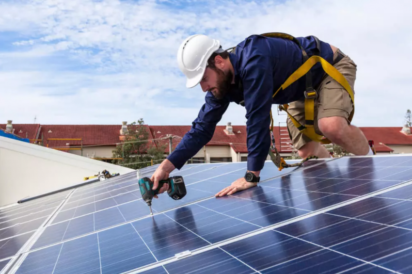 Reasons to hire professional solar installers